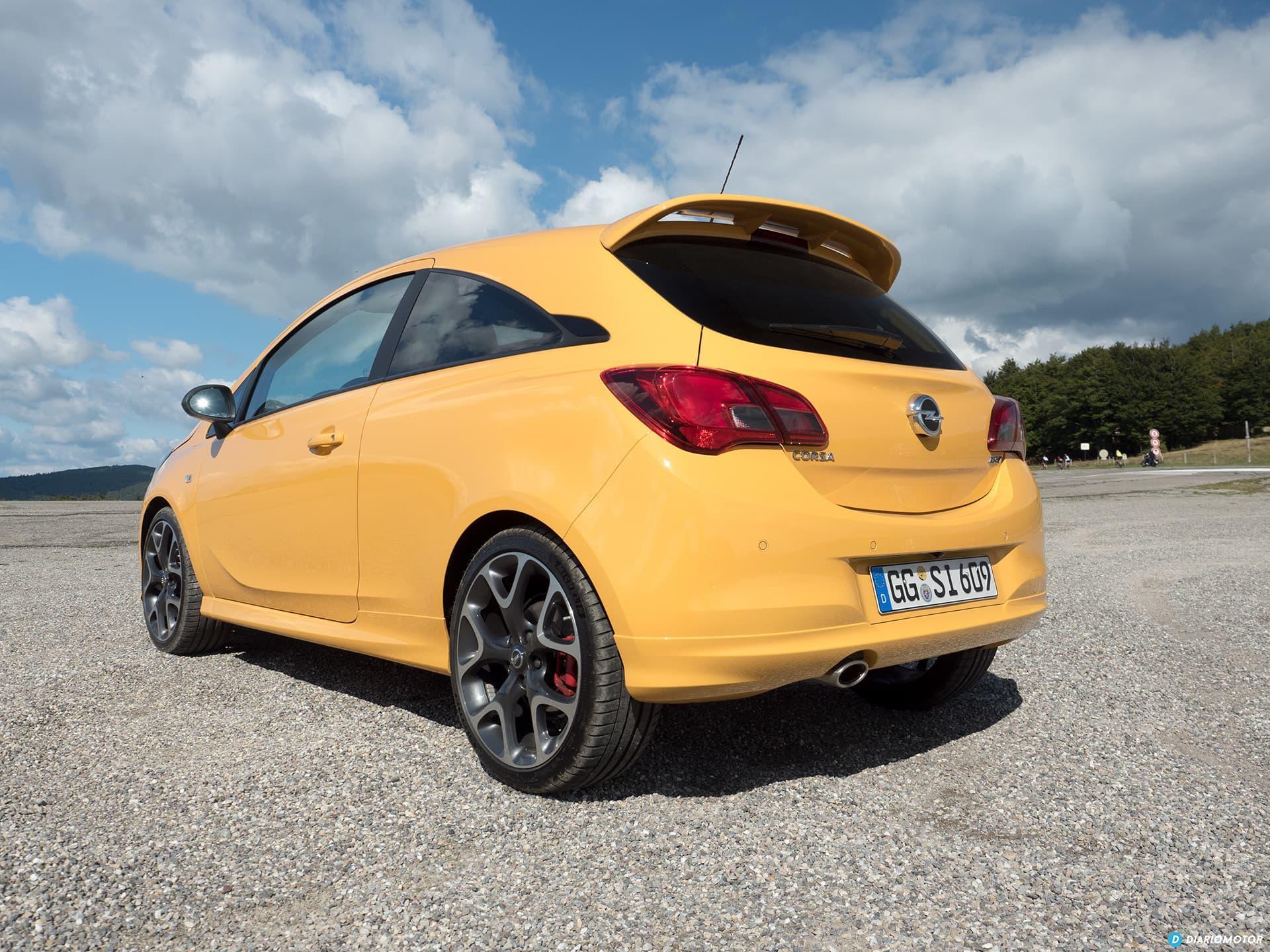 Opel Corsa Gsi Exterior 00002