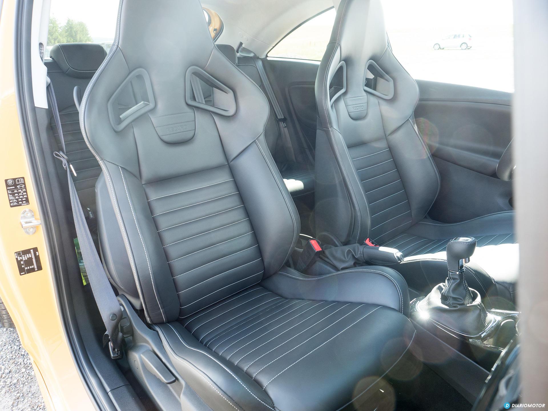 Opel Corsa Gsi Interior 02