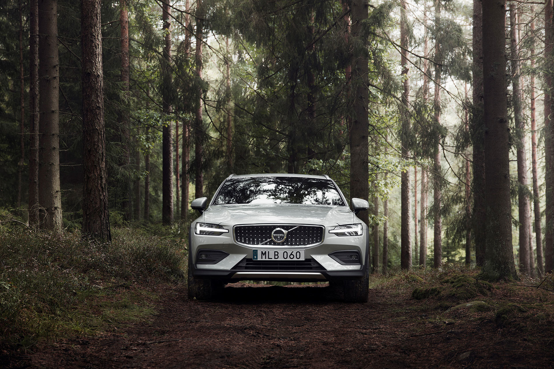 Volvo V60 Cross Country 2019 19
