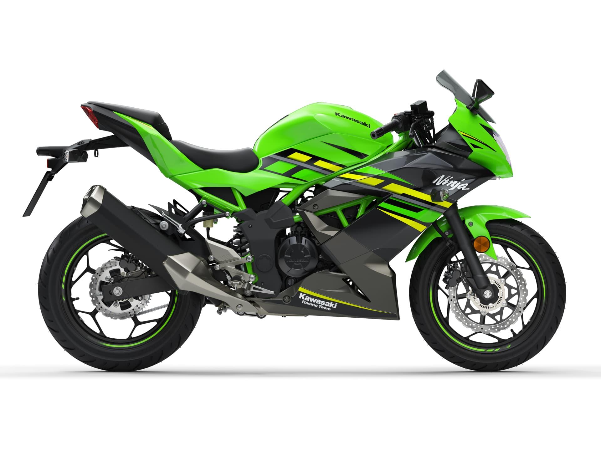 Hi 03 Kawasaki Ninja 125 Data Cuts Right