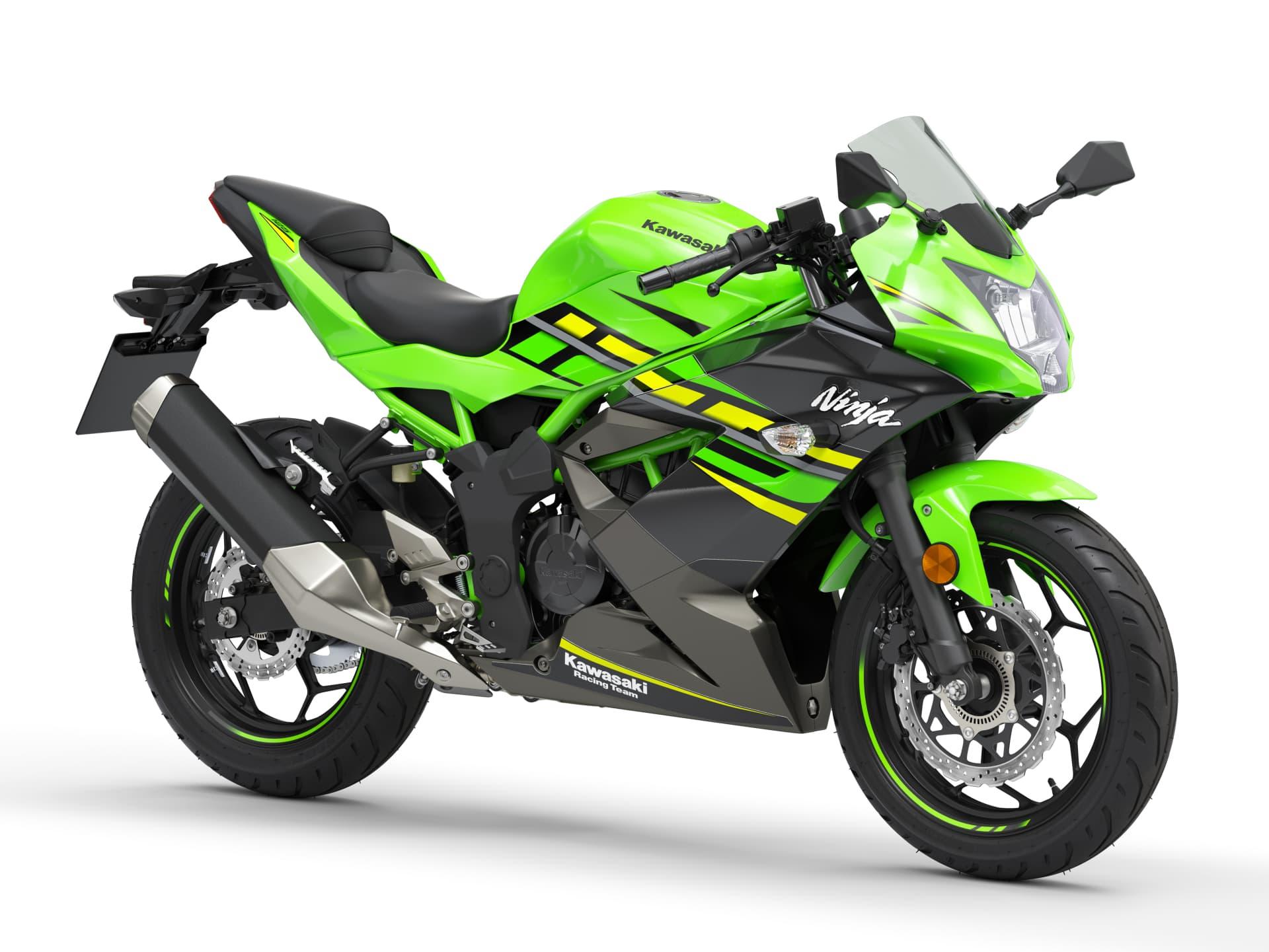 Hi 05 Kawasaki Ninja 125 Data Cuts Front Right