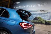 Mercedes Amg A35 2018 Azul 03 thumbnail