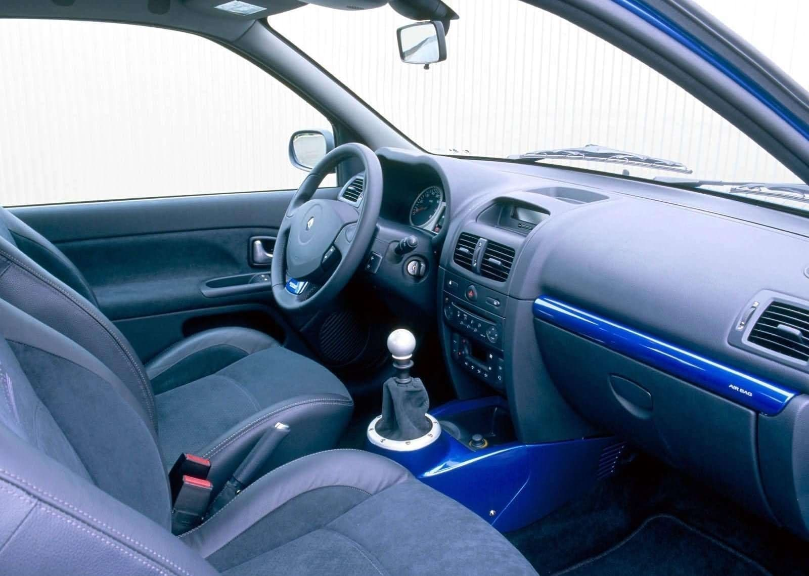 Renault Clio V6 Porsche 1018 007