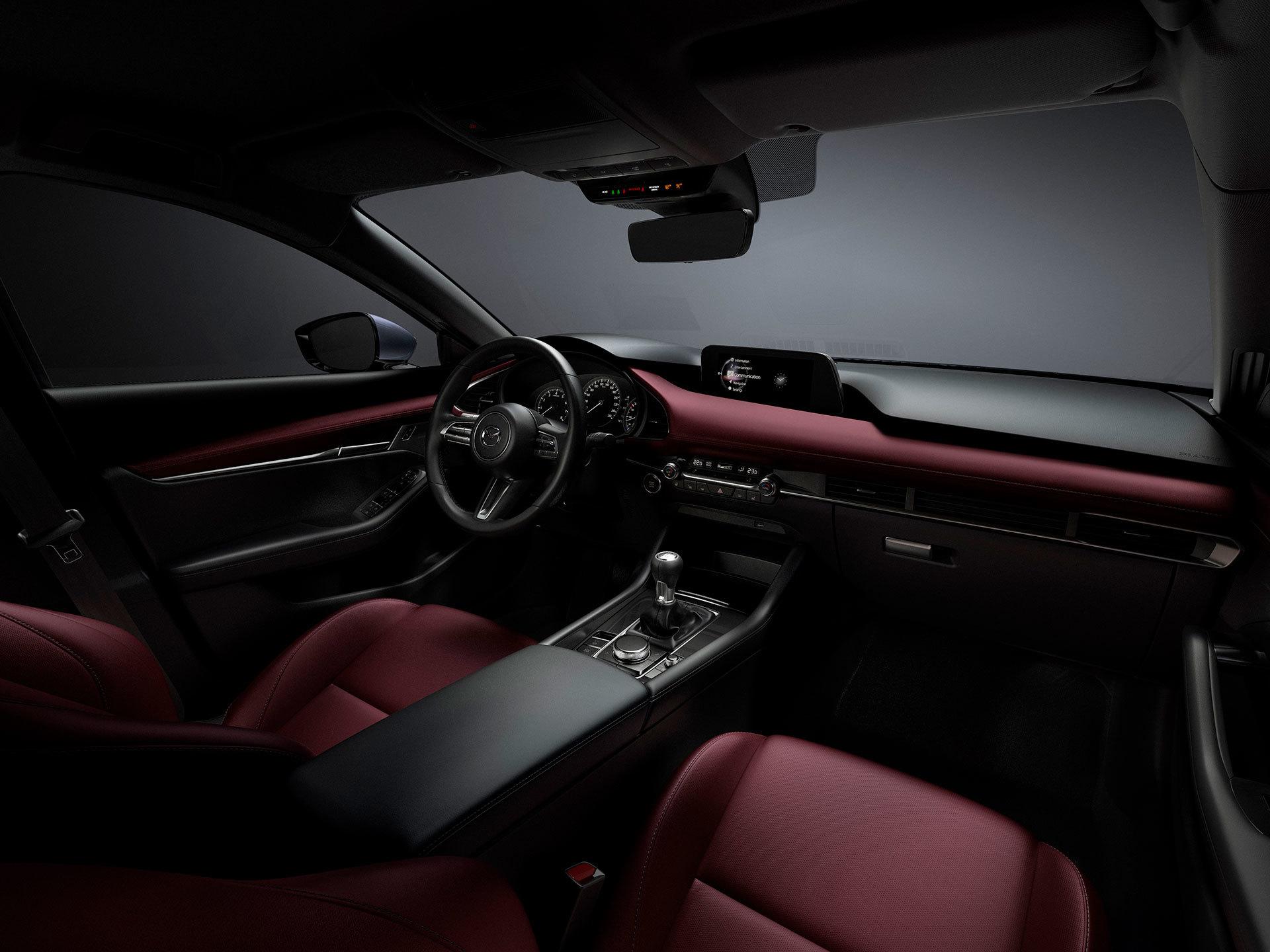 Mazda 3 2019 02