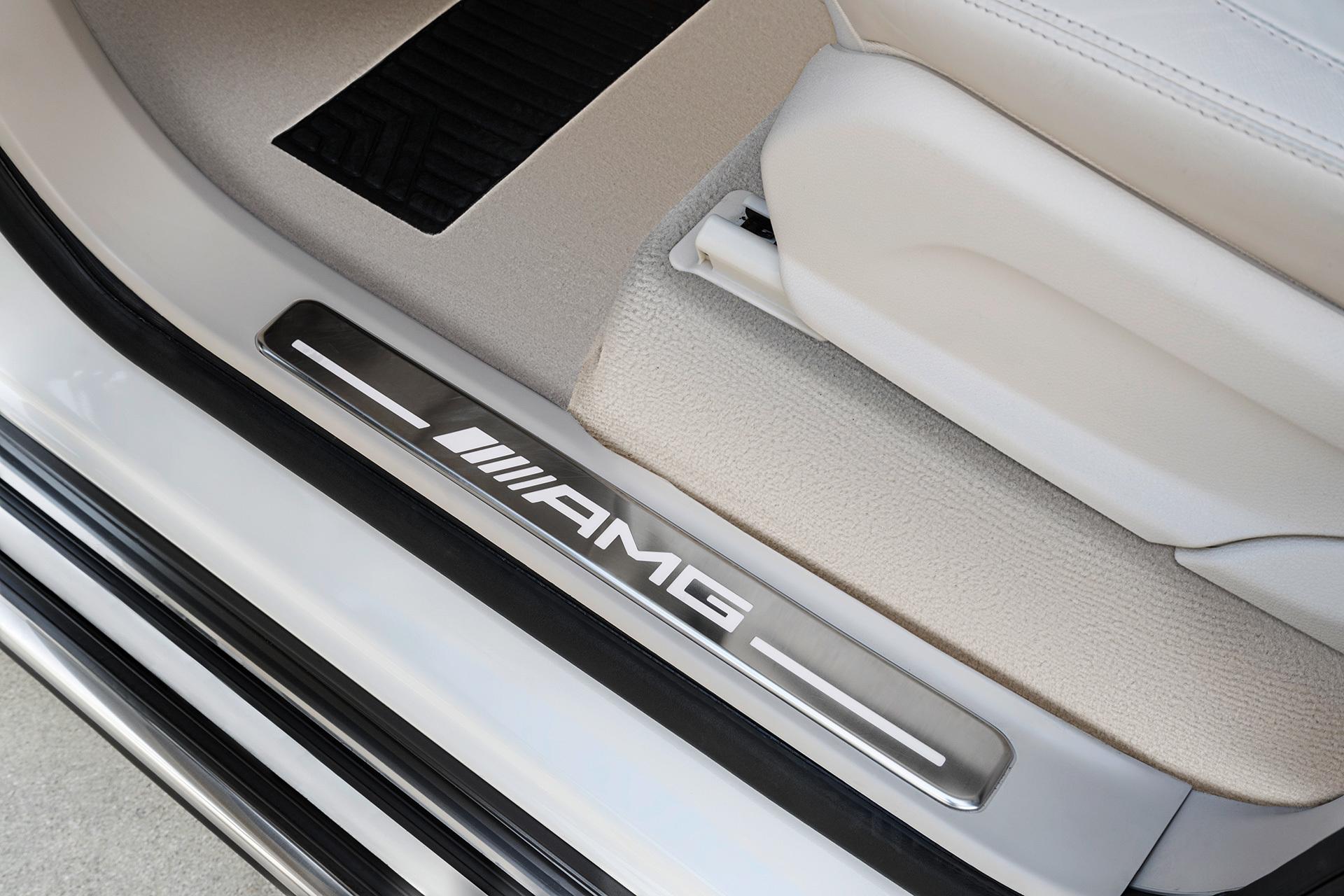 Mercedes Amg G 63 00009