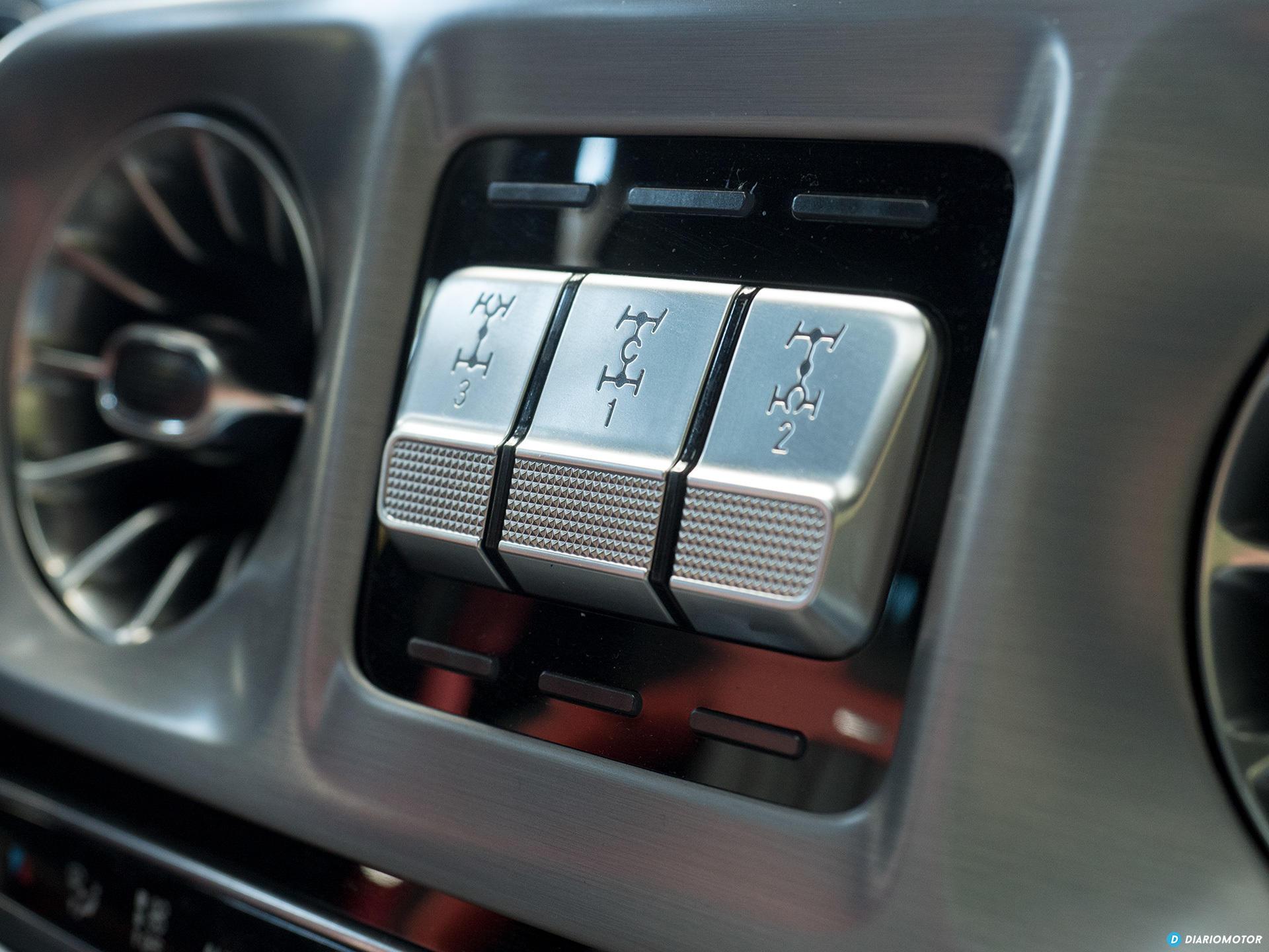 Mercedes Amg G 63 Interior 00002