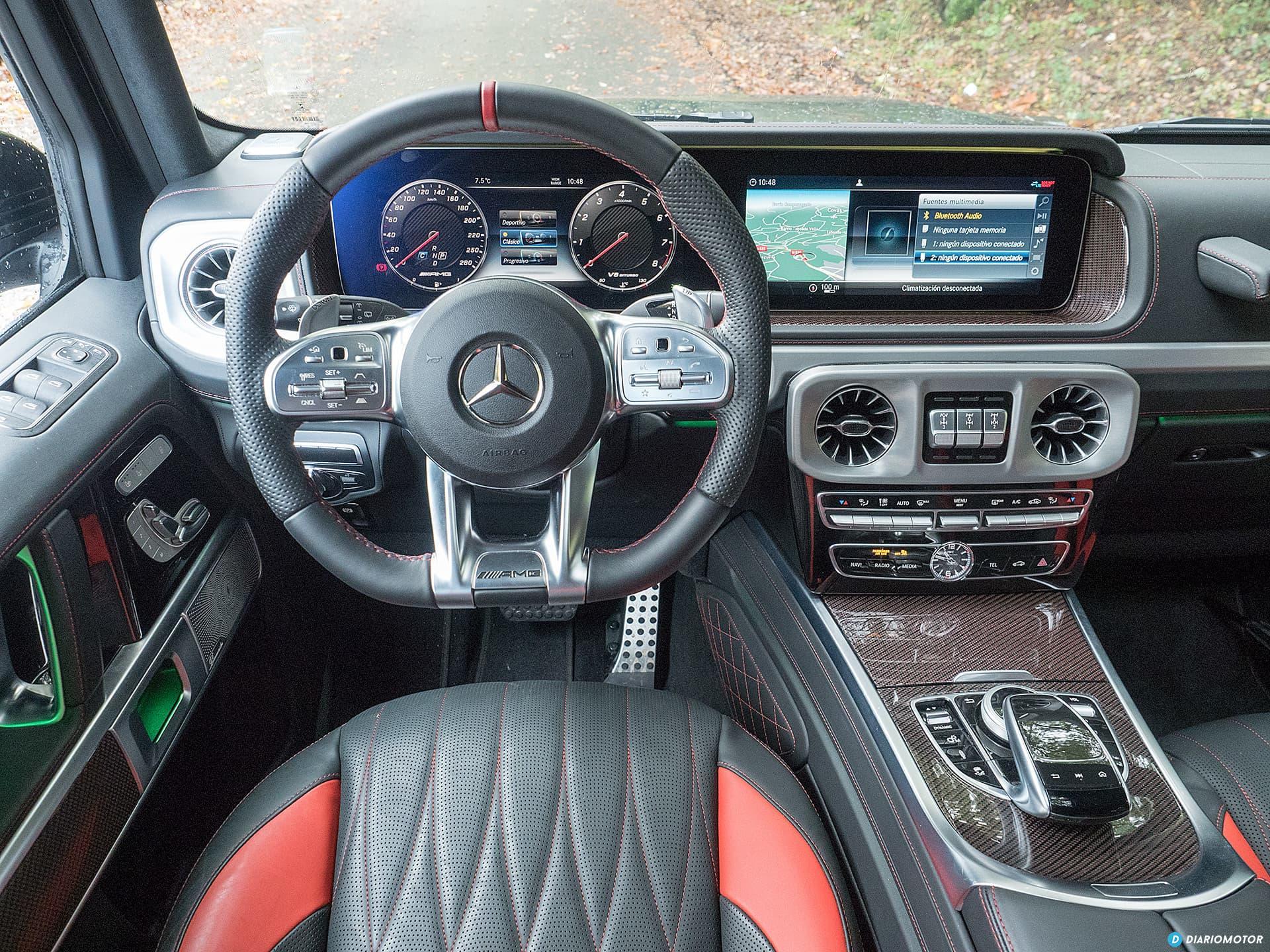 Mercedes Amg G 63 Interior 00011