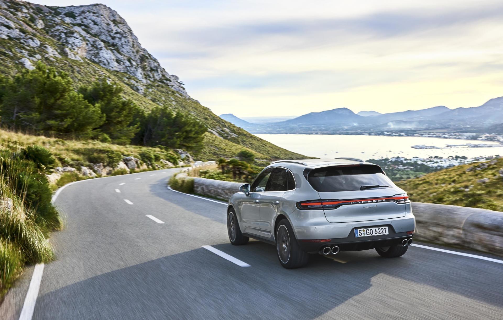 Porsche Macan S 2019 02