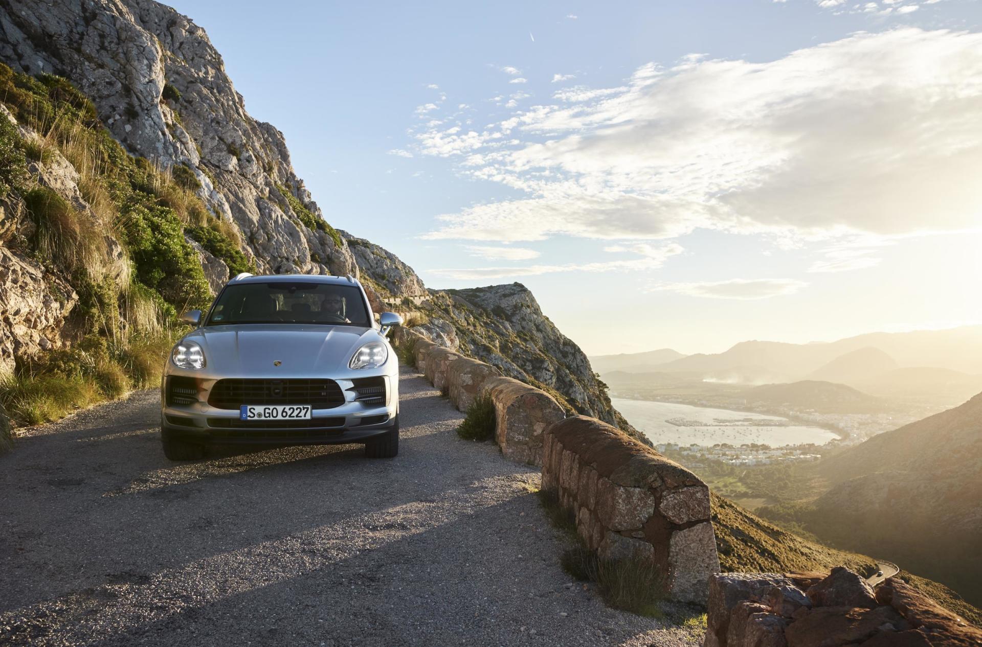 Porsche Macan S 2019 06