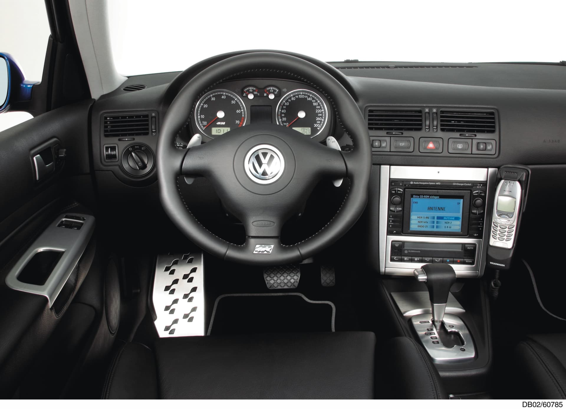 Volkswagen 6 Speed Dsg: Golf R32 Cockpit