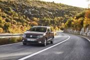 Dacia Sandero 2019 Marron Exterior 03 thumbnail