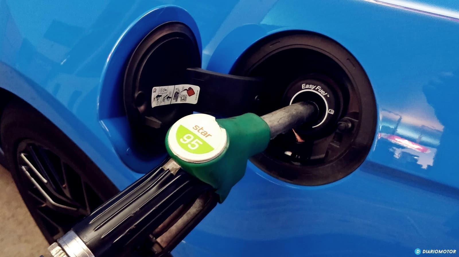 Gasolina Surtidor Repostaje 0119 01