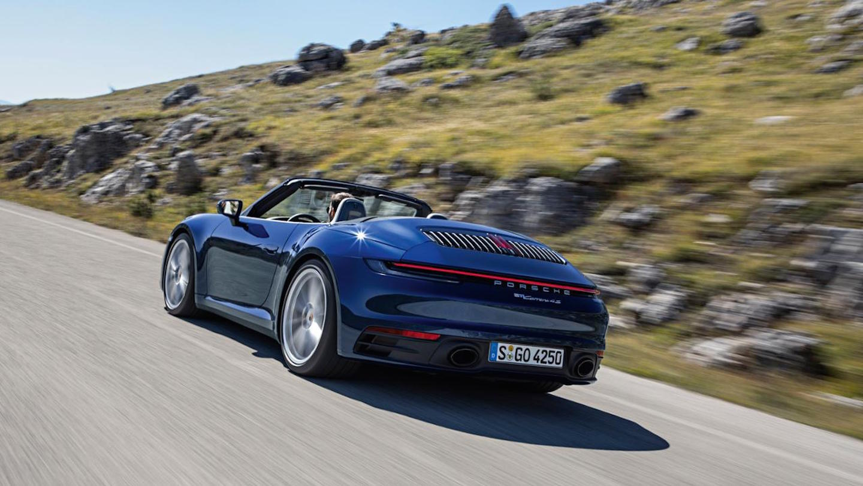 Porsche 911 Cabrio Movimiento Trasera
