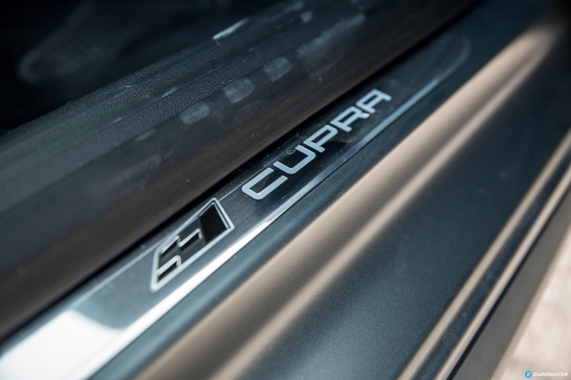 Seat Leon Cupra R Interior 11
