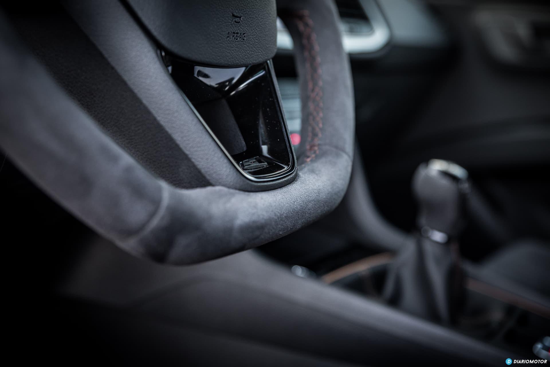 Seat Leon Cupra R Interior 3