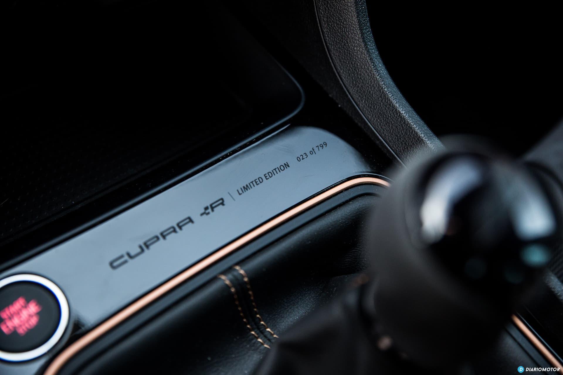 Seat Leon Cupra R Interior 4