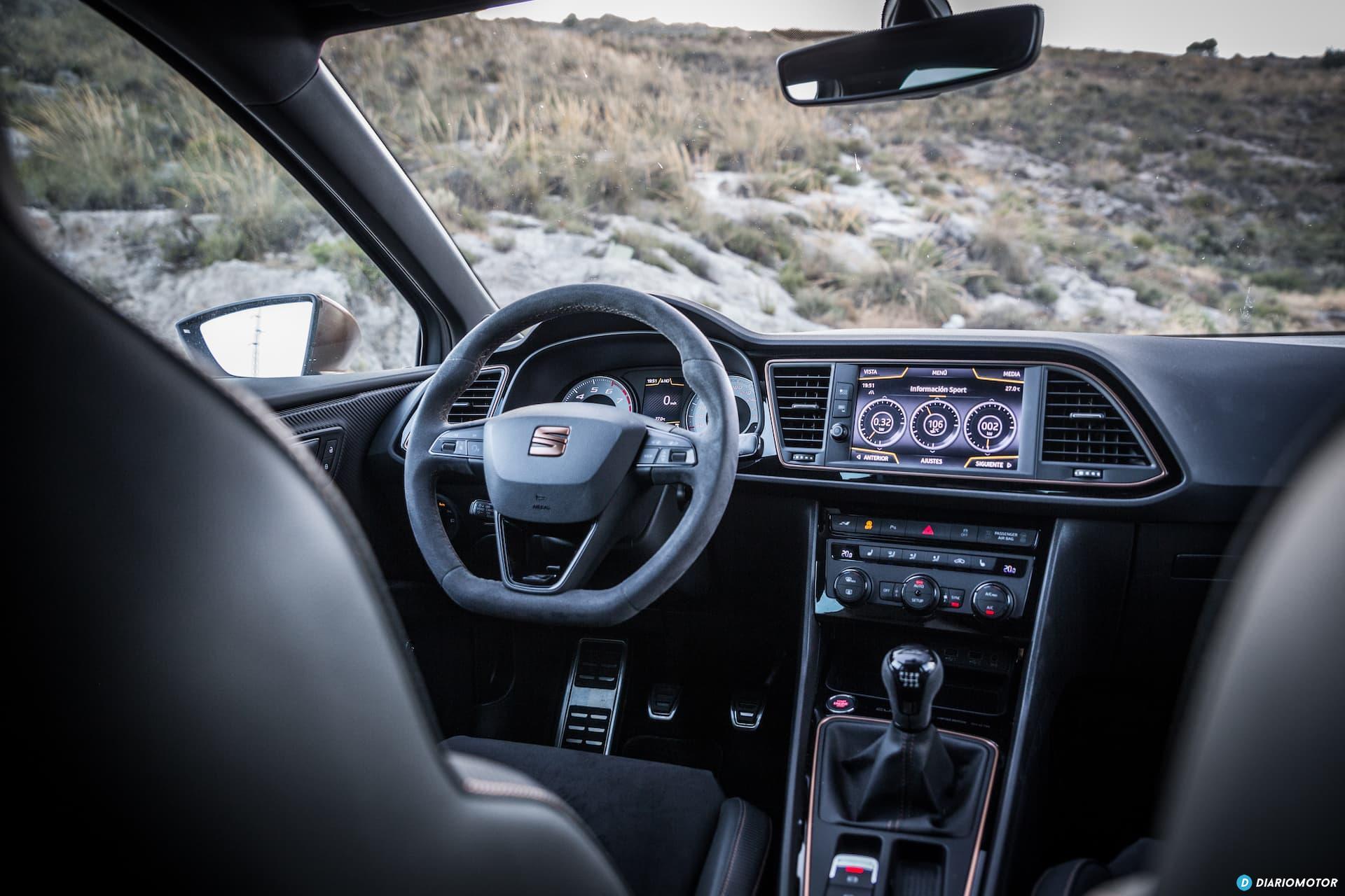 Seat Leon Cupra R Interior 9