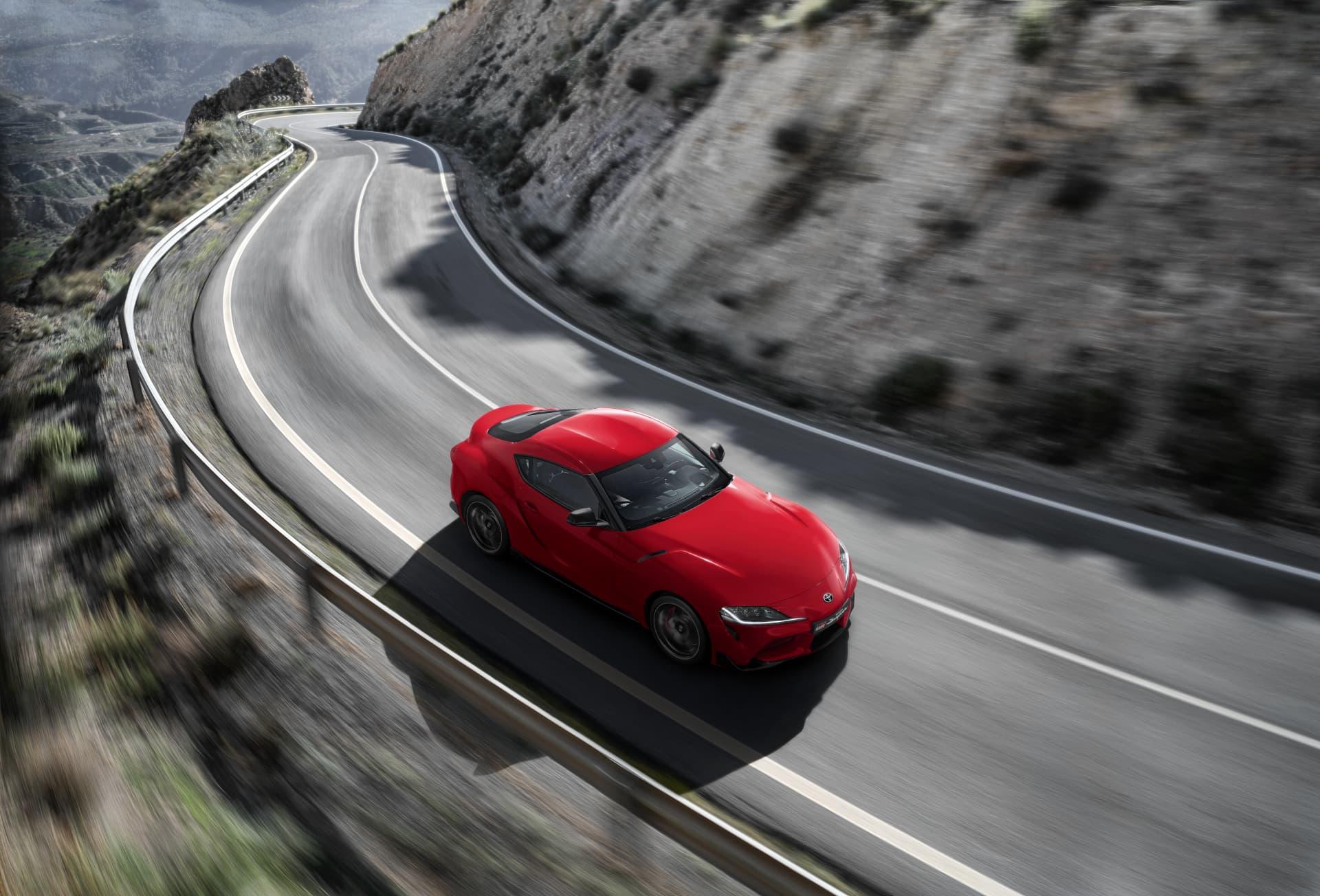 Todos Los Detalles Rojo Exterior Toyota Supra Red Location 002 774440