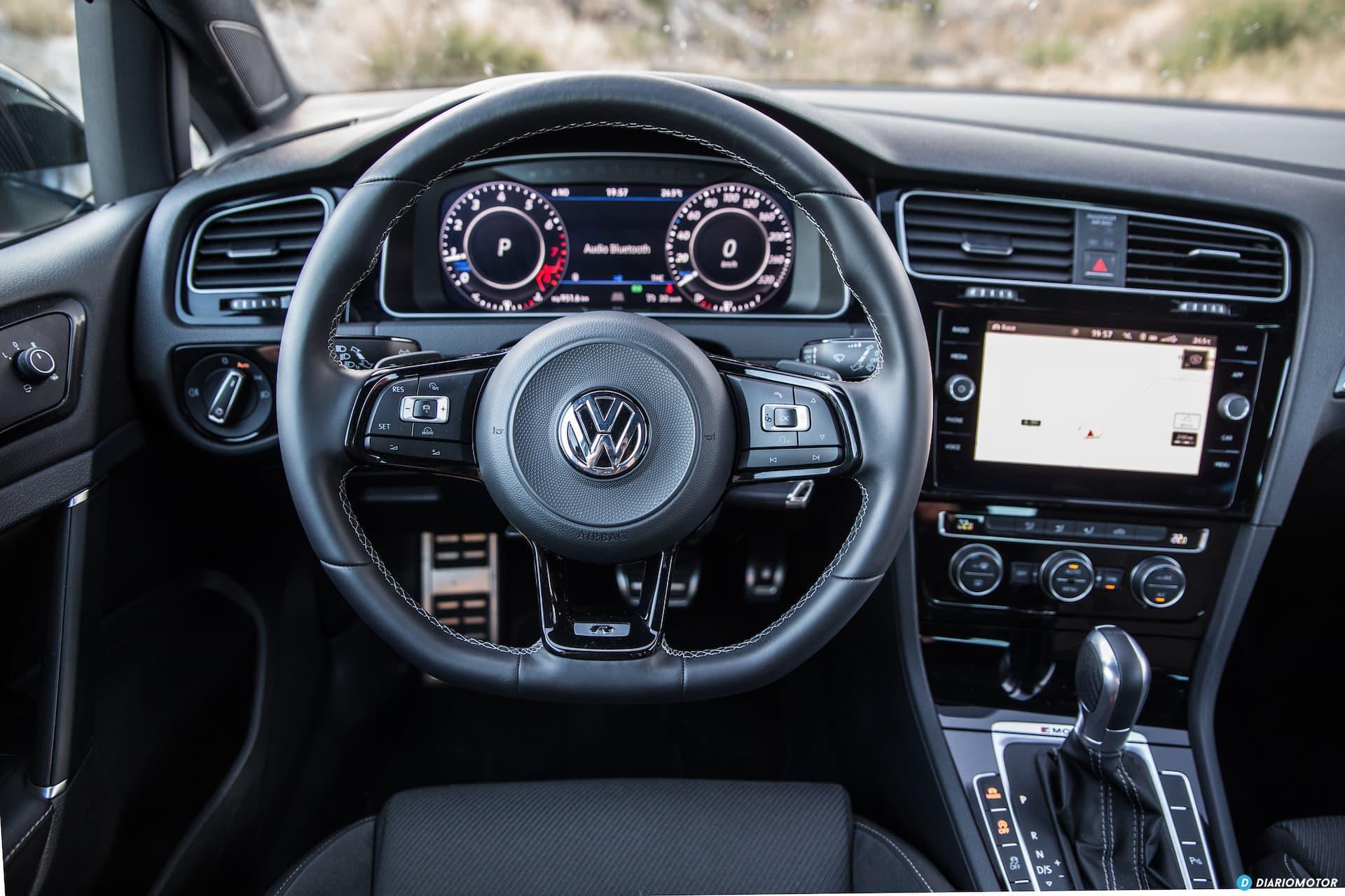 Volkswagen Golf R Interior 1