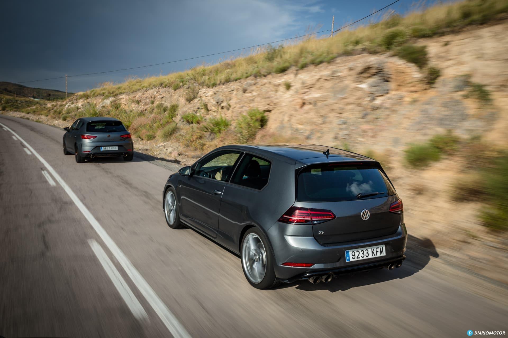 Volkswagen Golf R Seat Leon Cupra R 12
