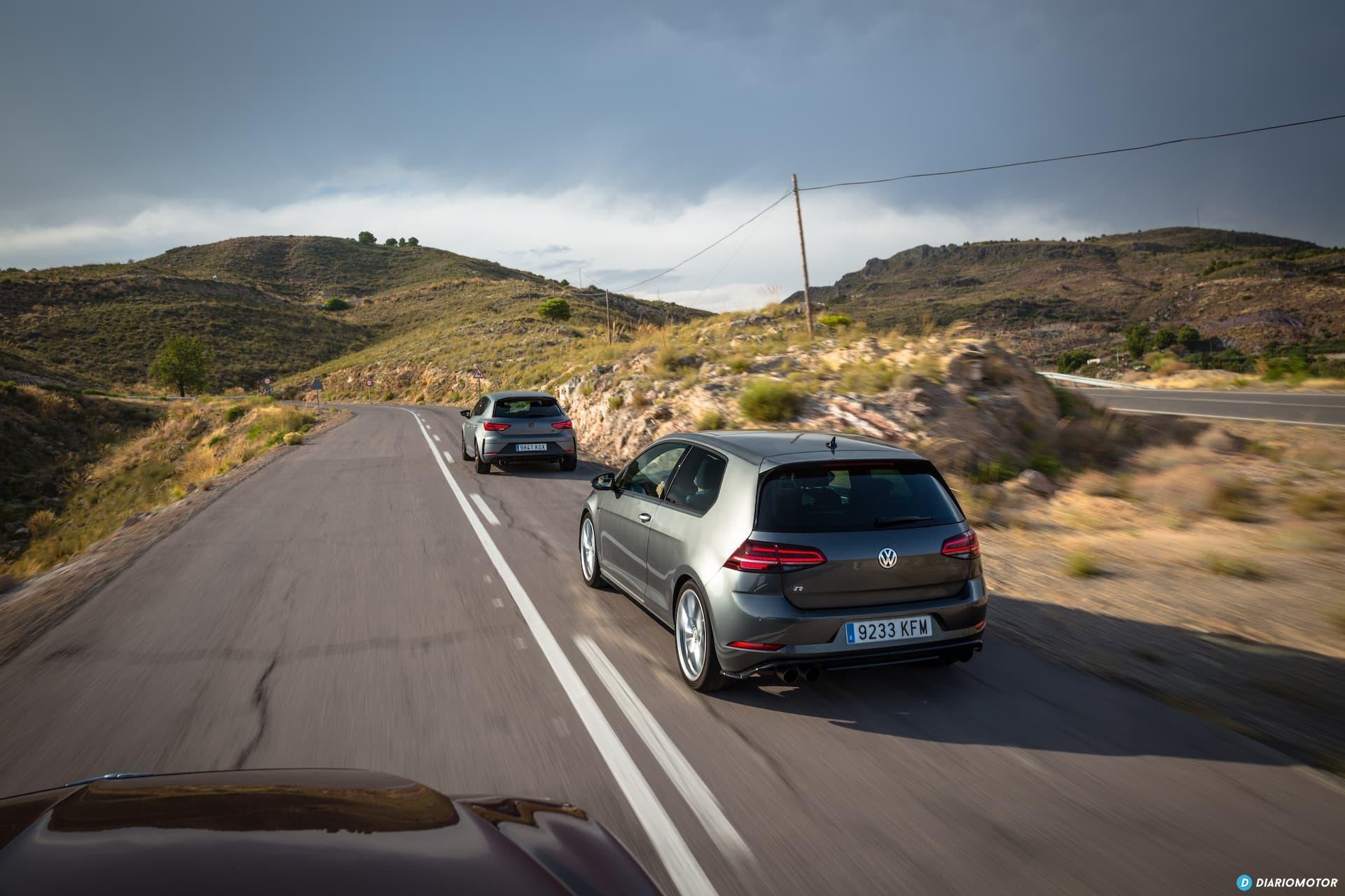 Volkswagen Golf R Seat Leon Cupra R 13