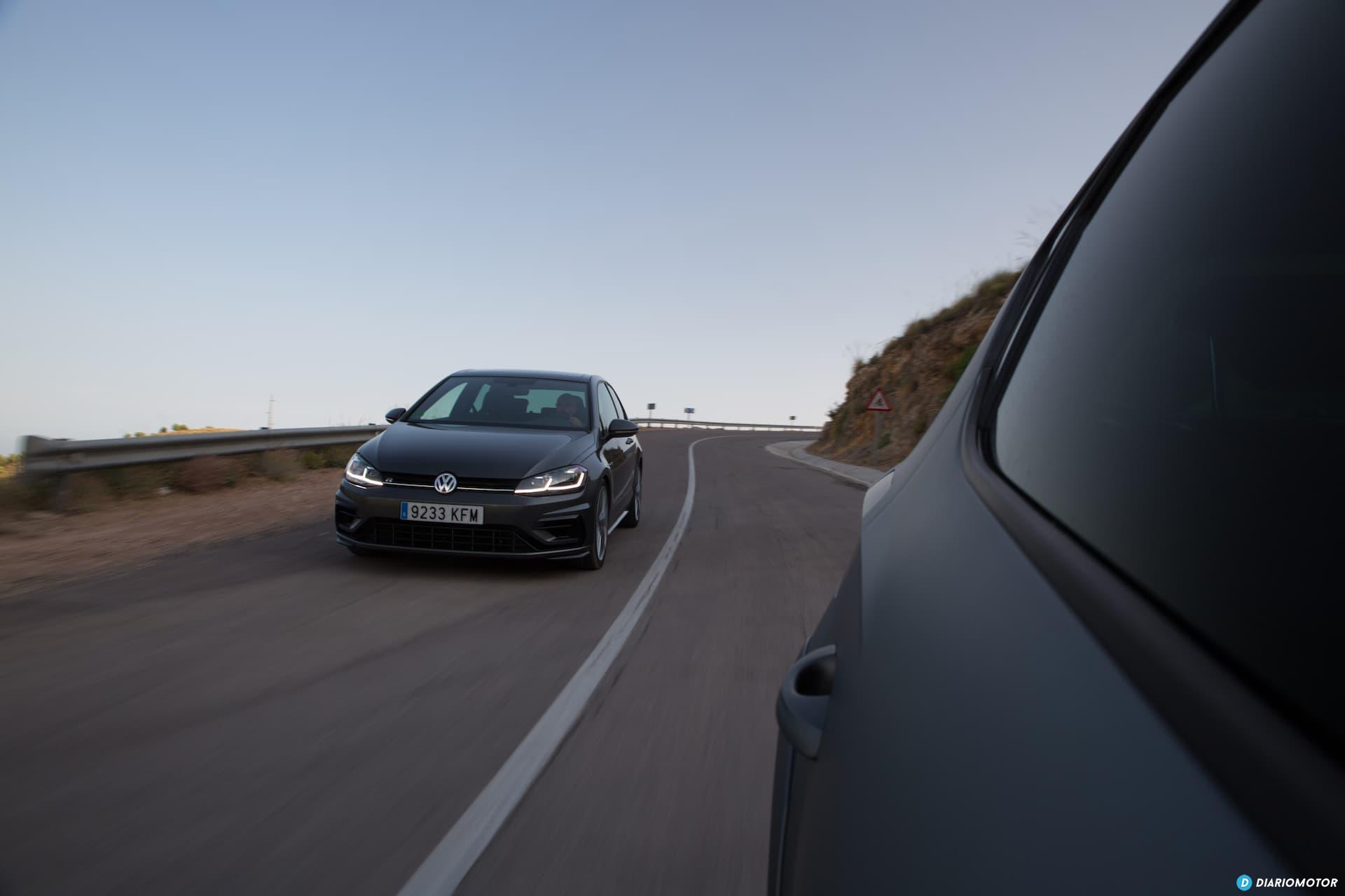 Volkswagen Golf R Seat Leon Cupra R 19