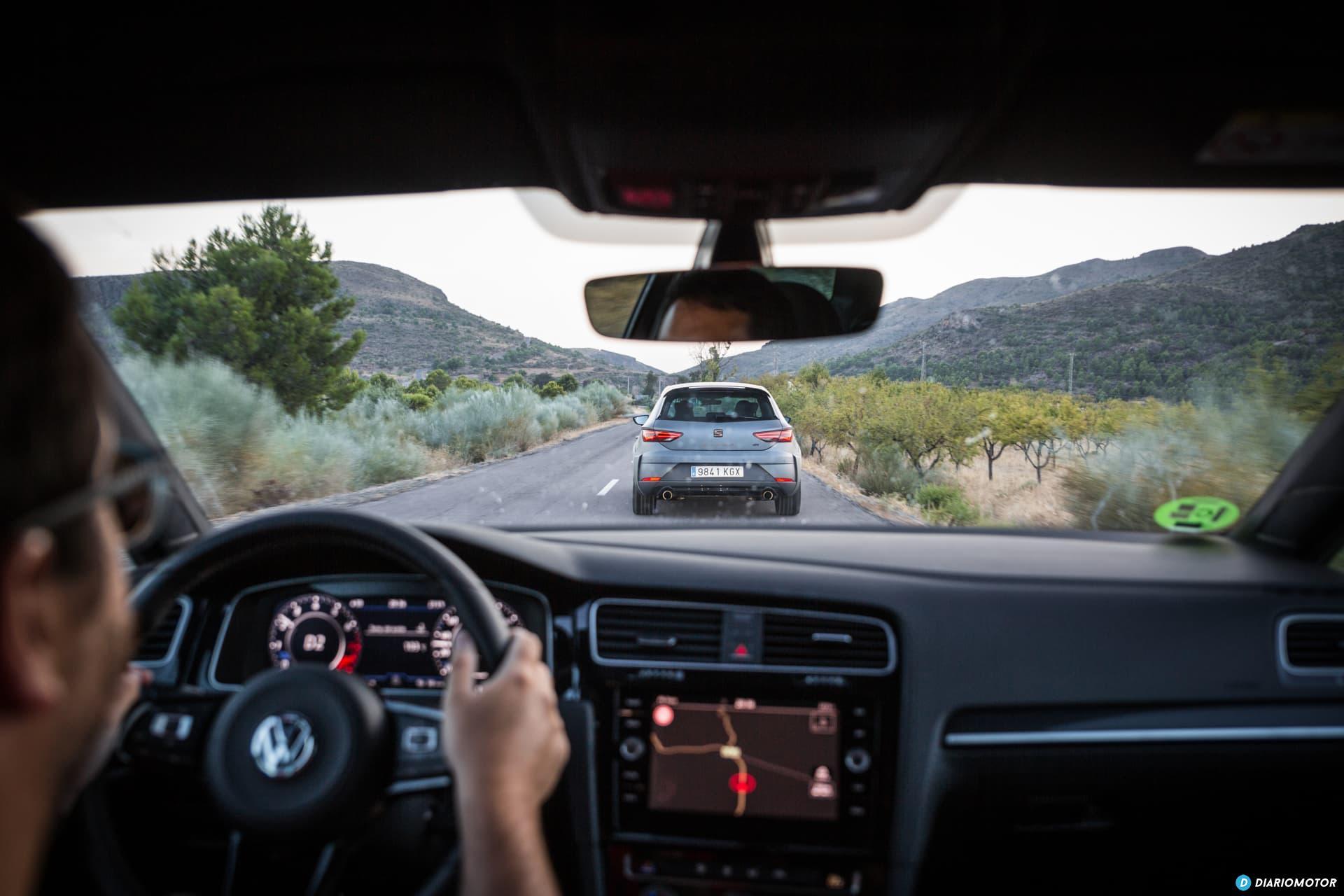 Volkswagen Golf R Seat Leon Cupra R 68