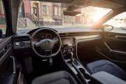 Volkswagen Passat 2019 Estados Unidos Interior 03 thumbnail