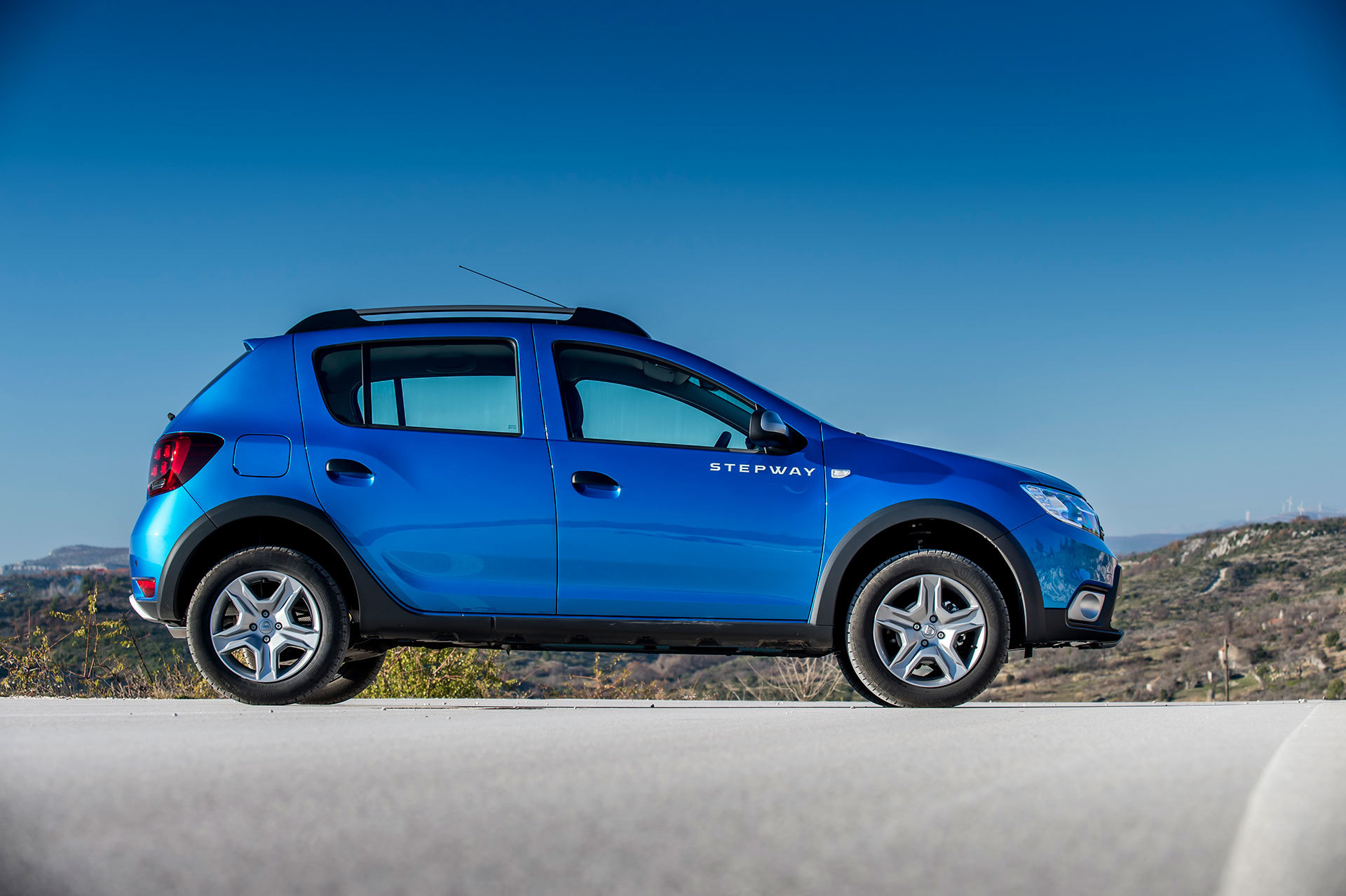 Dacia Sandero Stepway 2019 Azul 24