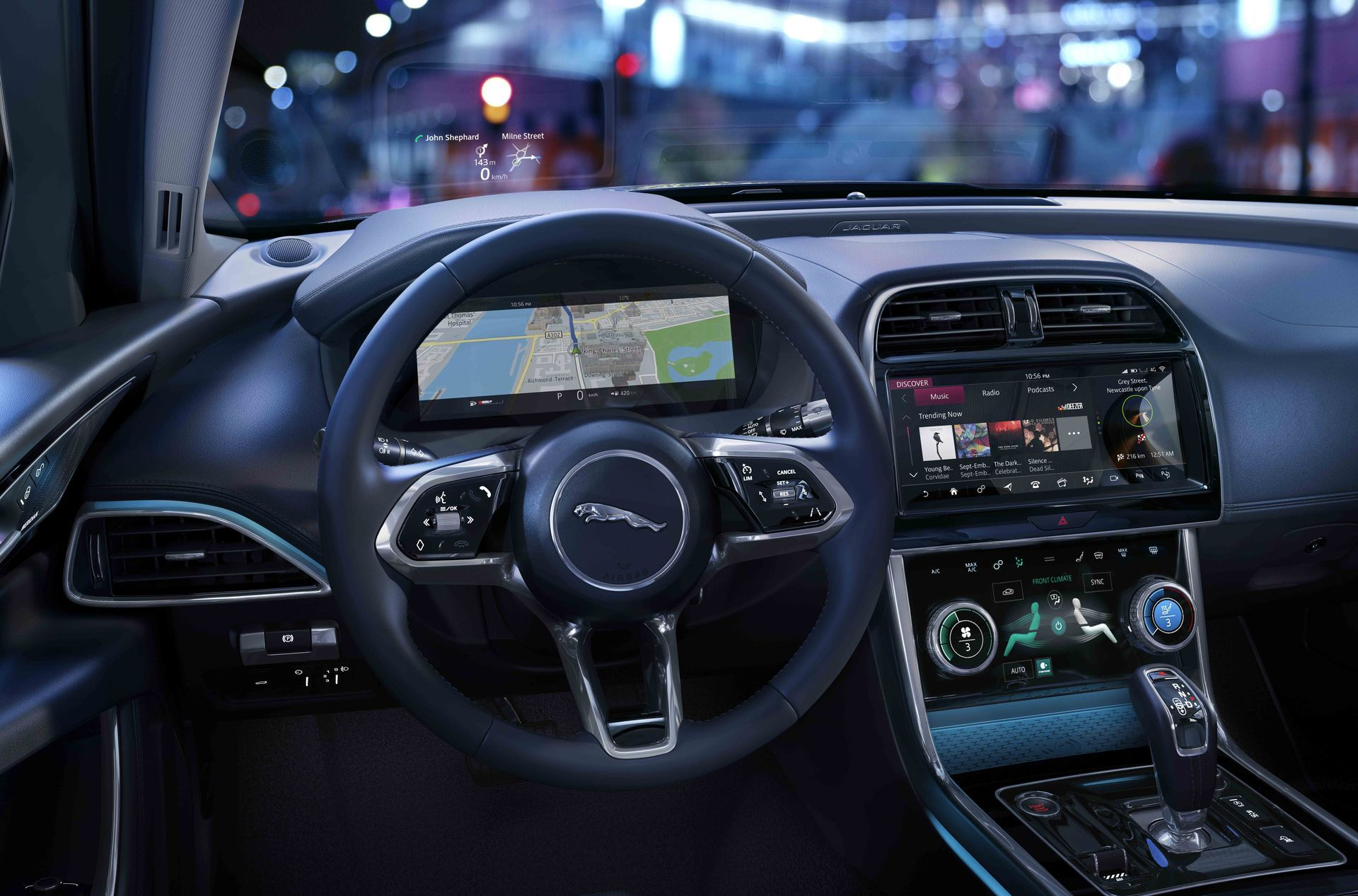 Jaguar Xe 2019 7 Interior