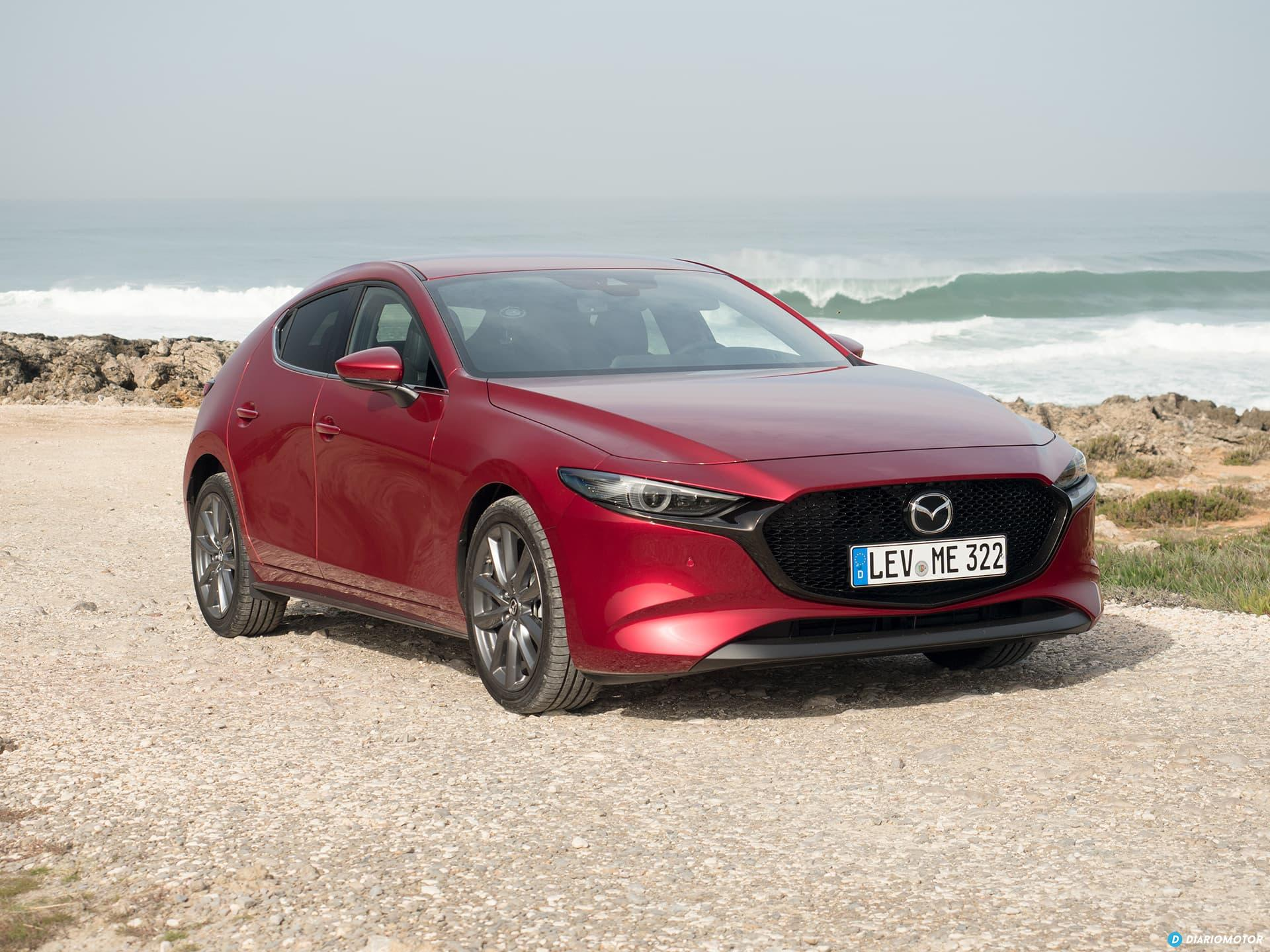 Mazda 3 Skyactiv G  Exterior 00011
