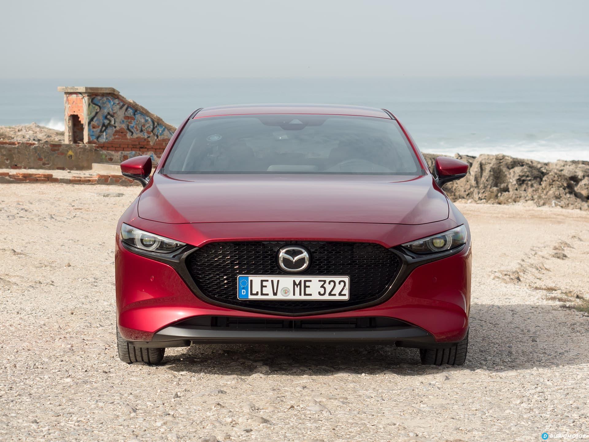 Mazda 3 Skyactiv G  Frontal 00010