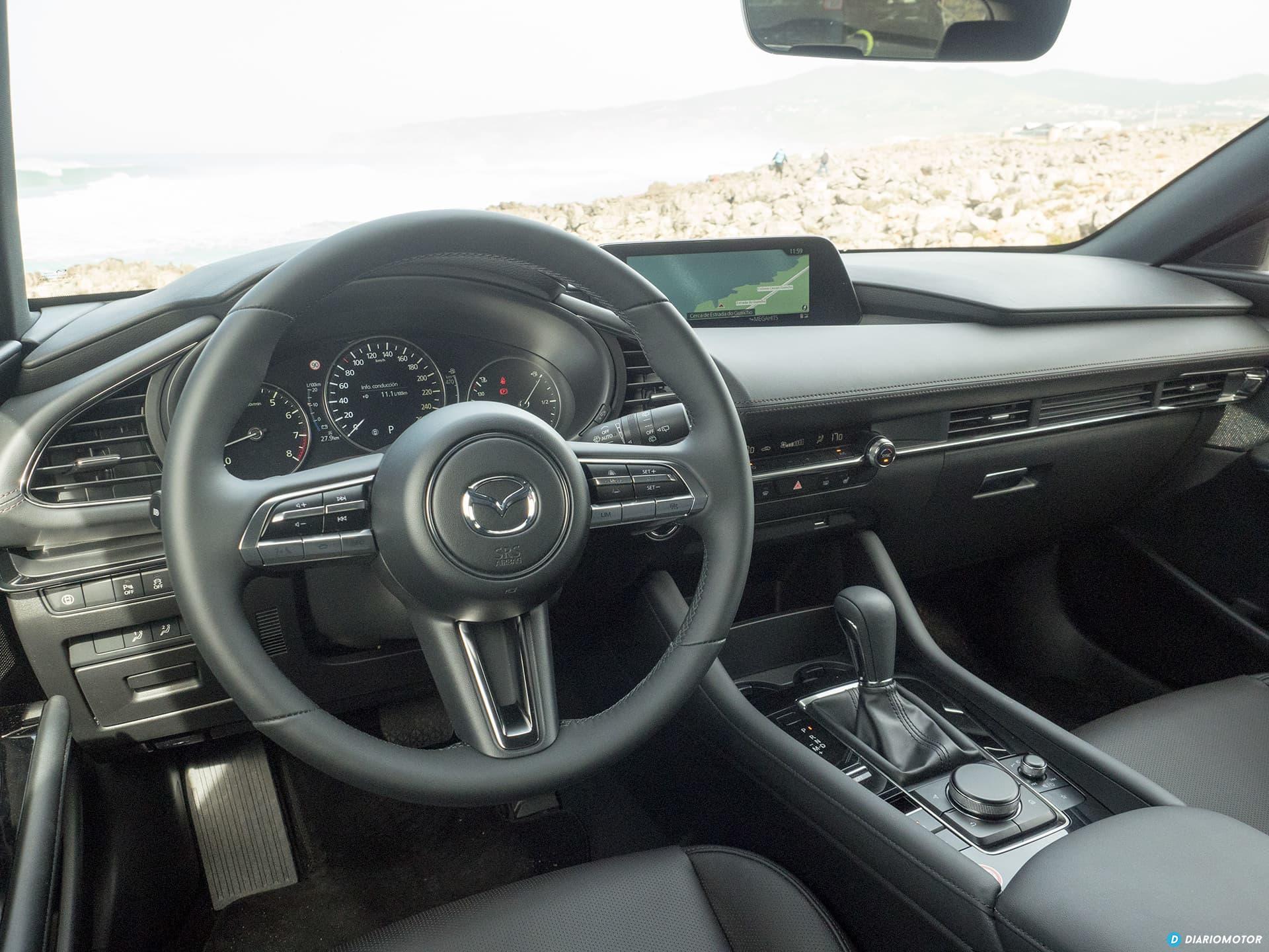 Mazda 3 Skyactiv G  Interior 00015