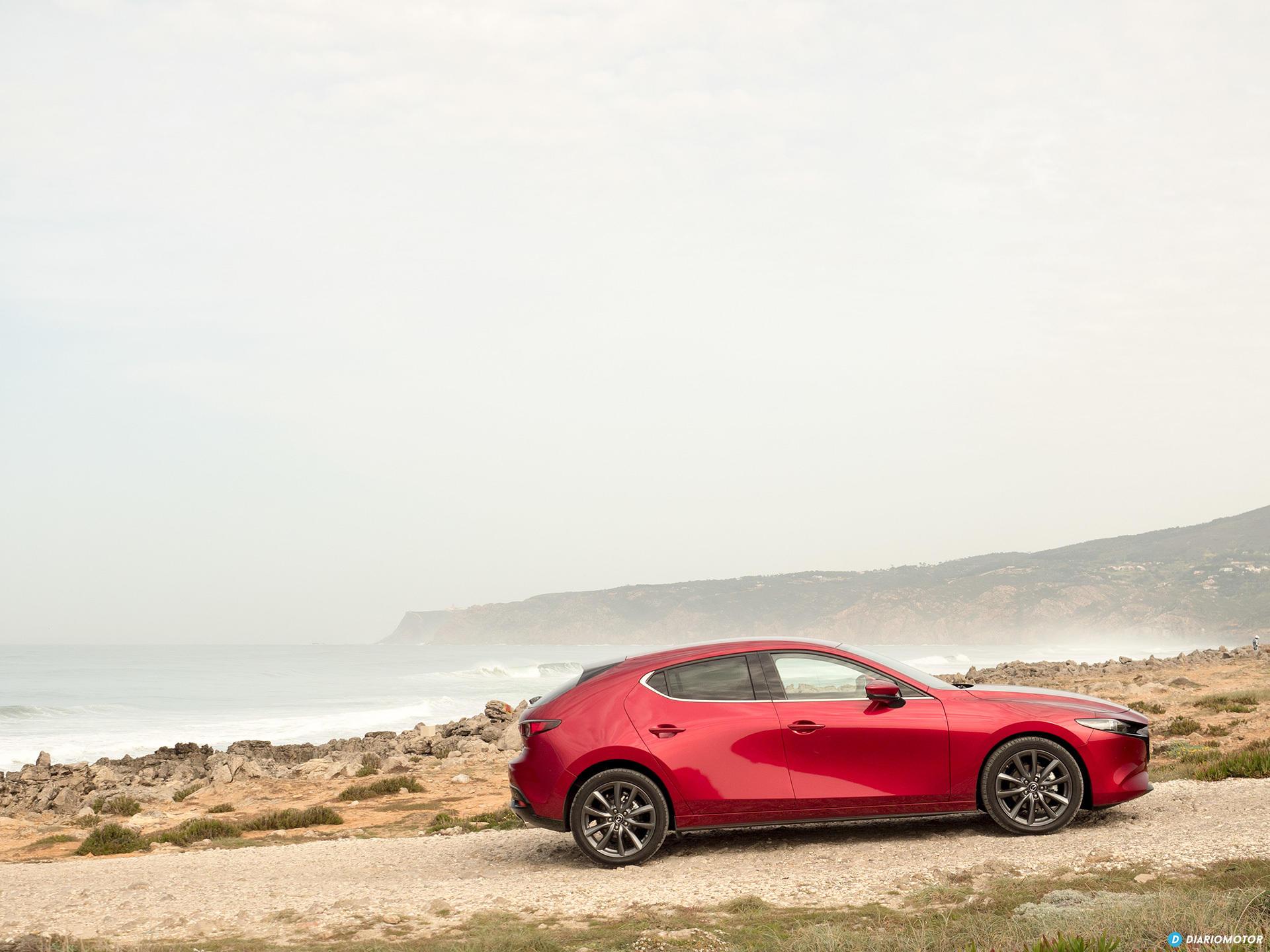 Mazda 3 Skyactiv G  Perfil 00006