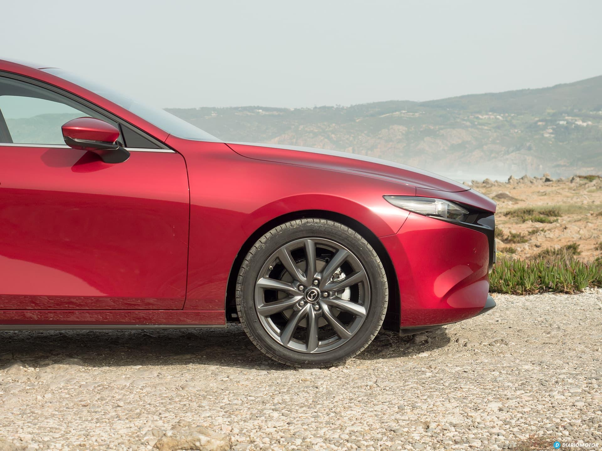 Mazda 3 Skyactiv G  Perfil 00008