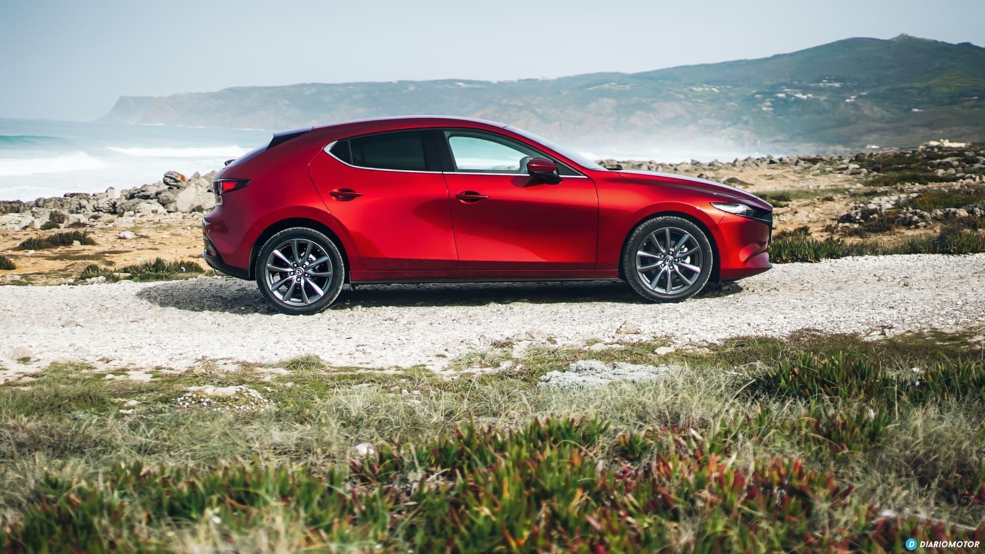 Mazda 3 Skyactiv G  Perfil 00105