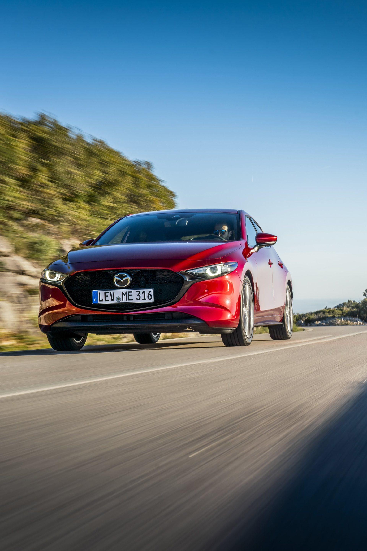 Mazda 3 Skyactiv G Oficial Rojo 00117