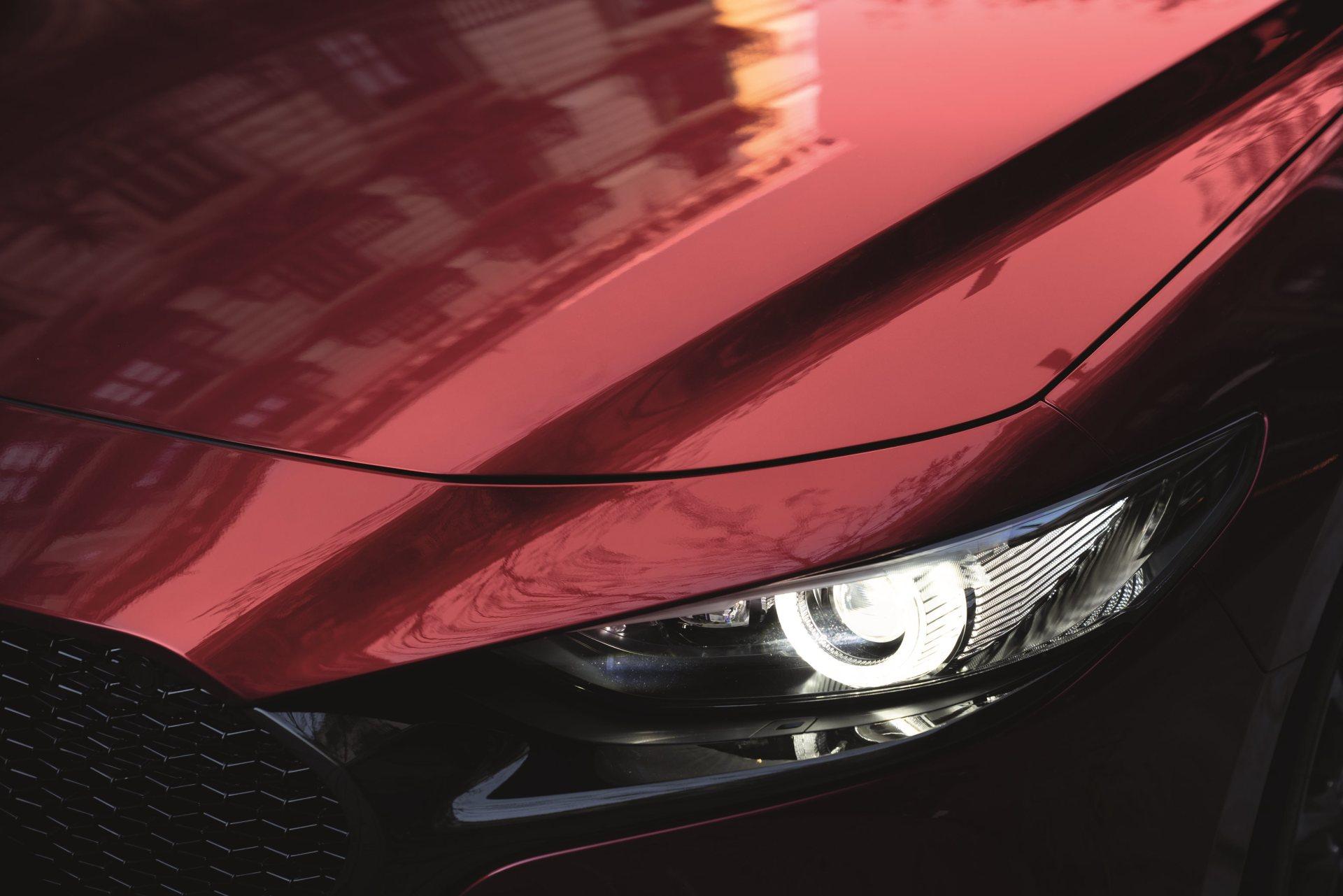 Mazda 3 Skyactiv G Oficial Rojo 00140