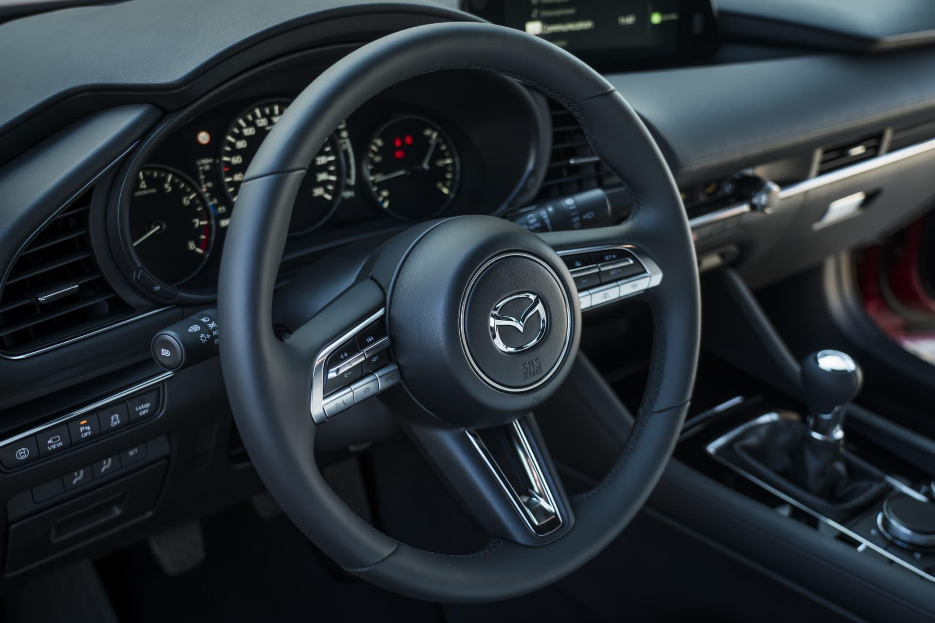 Mazda3 2019 Interior Negro 06