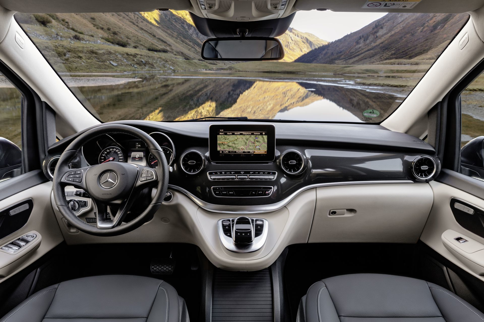 Mercedes Marco Polo 2019 Interior 4