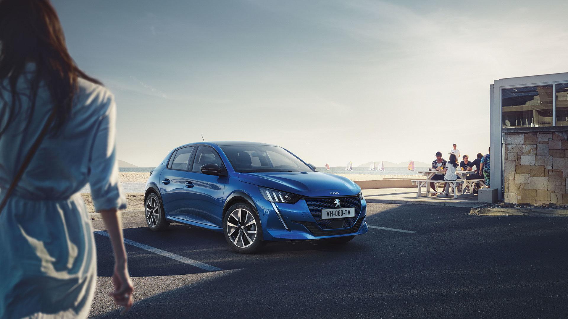 Peugeot E 208 2019 Azul Exterior 01