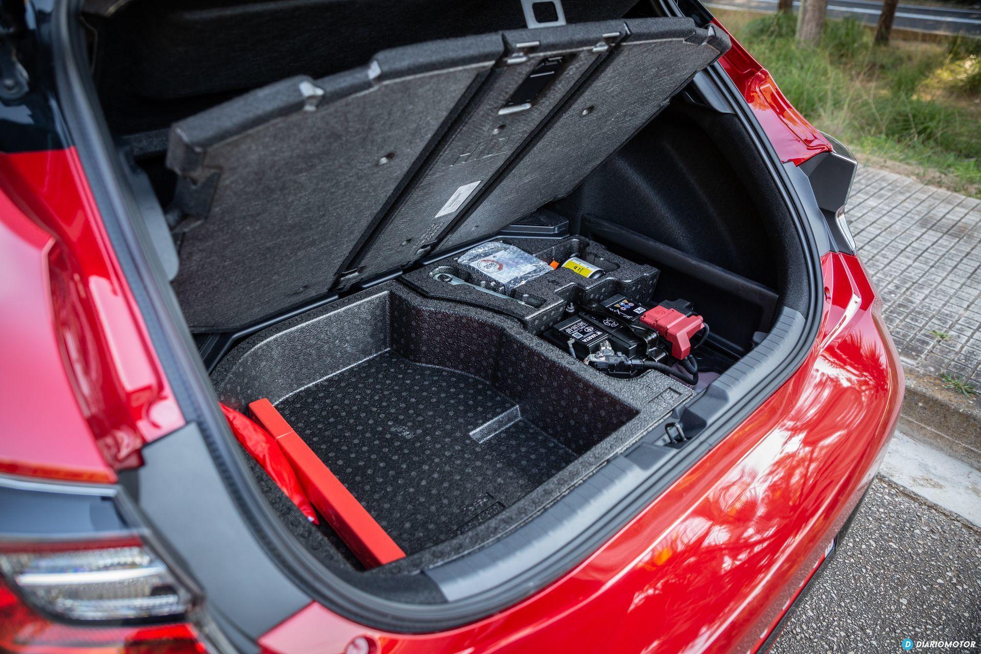 Toyota Corolla 2019 Interior 15