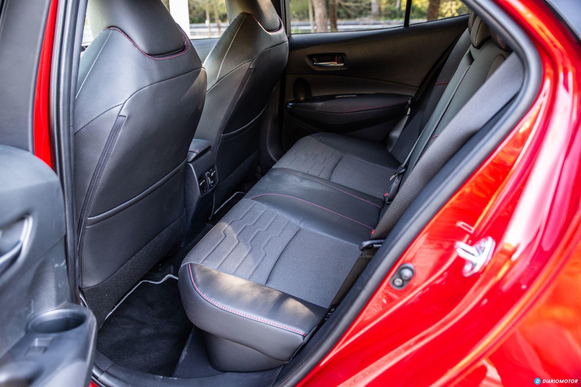 Toyota Corolla 2019 Interior 16