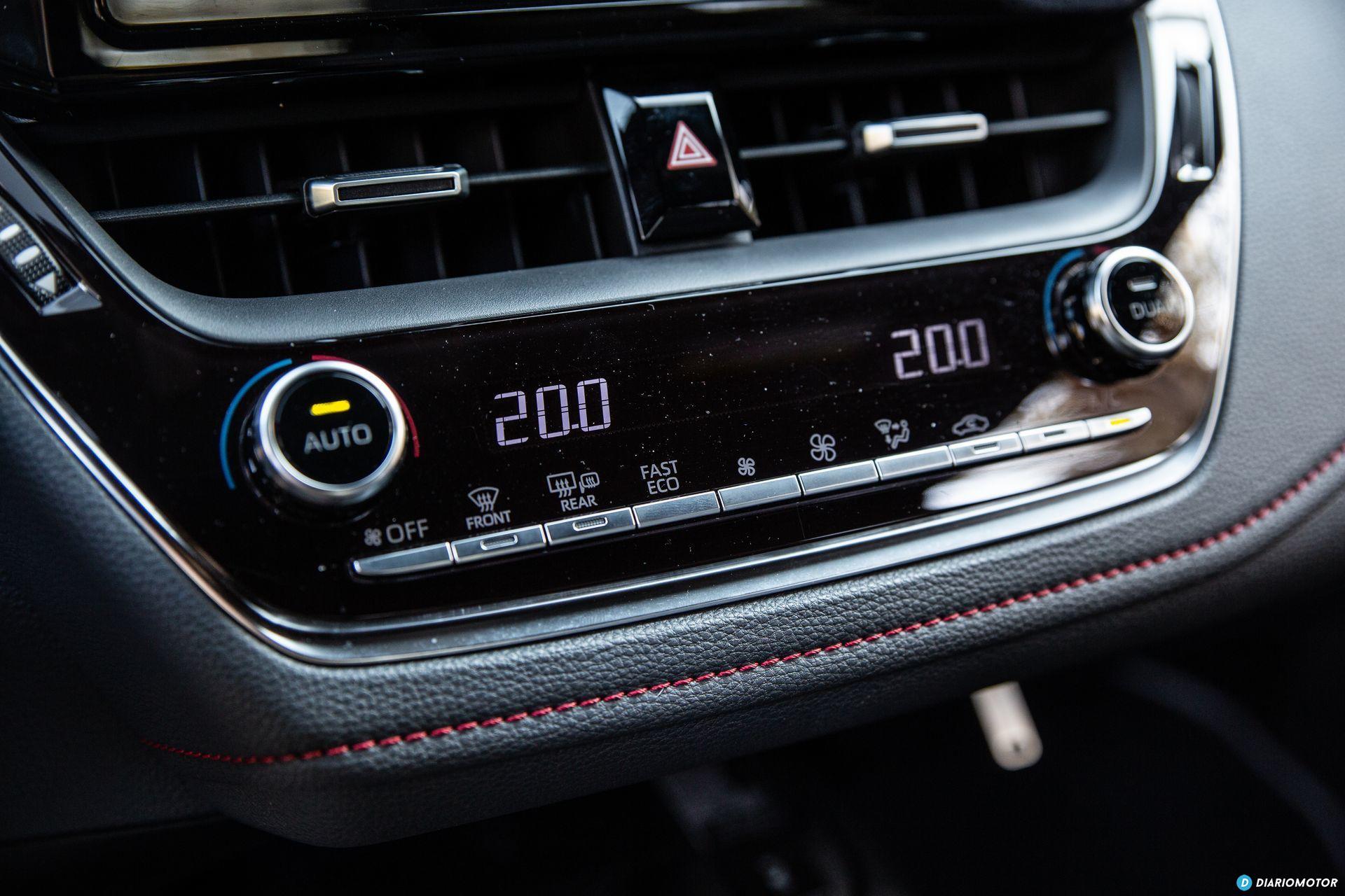 Toyota Corolla 2019 Interior 5