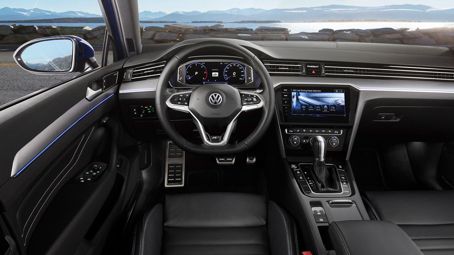Volkswagen Passat 2019 Interior 02