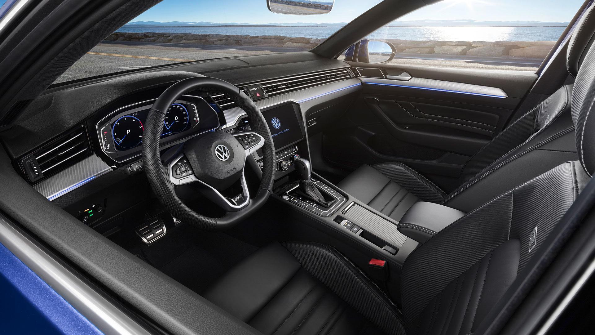 Volkswagen Passat 2019 Interior 03