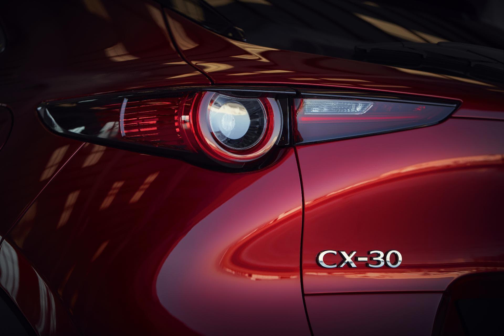 15 Mazda Cx 30