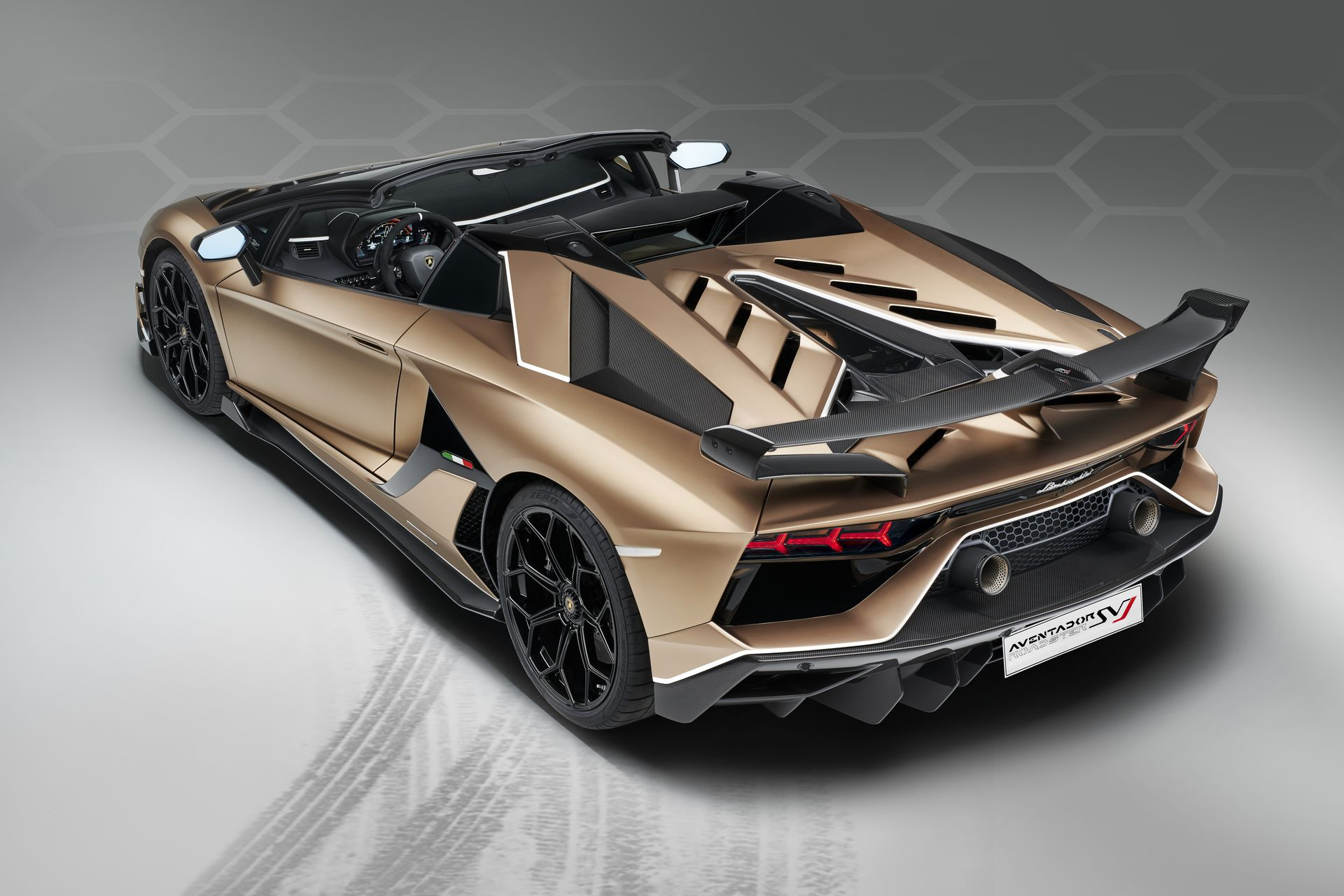 Lamborghini Aventador Svj Roadster 25