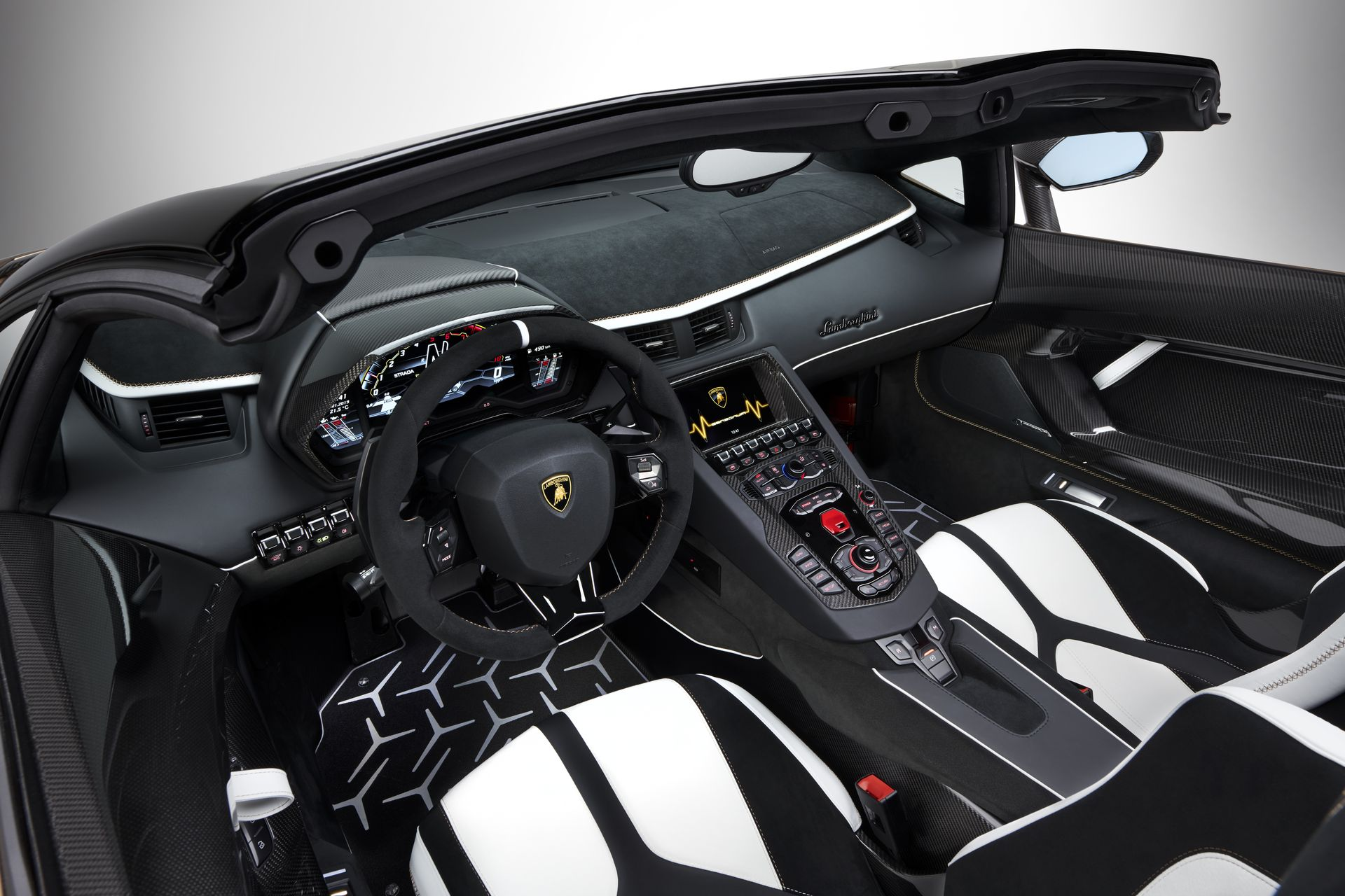 Lamborghini Aventador Svj Roadster 27