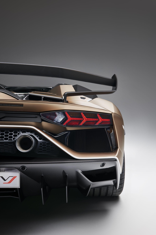 Lamborghini Aventador Svj Roadster 31